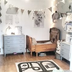 Comfortable and cute kids room with carved wooden bed (mix kids) Baby Bedroom, Kids Bedroom, Bedroom Ideas, Casa Kids, Deco Kids, Vintage Interior Design, Kids Room Design, Little Girl Rooms, Kid Spaces