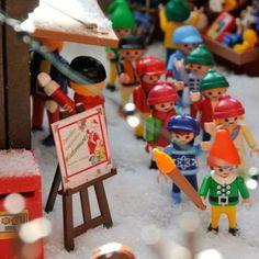 -3`xmas #playmobil #playmobilfigure #playmobilfigureserie #playmobilove #playmo #playmobilart #love #playmoart #play #kids #toys #elegant #Wonderful #beautiful #click #clak #playmobilsporelmundo #rainbow #papanoel #santaclaus #cuentaatrás #navidad