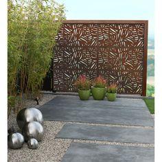 Marvelous Backyard Privacy Fence Decor Ideas on A Budget 57 Backyard Privacy, Small Backyard Landscaping, Tropical Landscaping, Backyard Patio, Backyard Shade, Backyard Plants, Patio Roof, Tropical Garden, Indoor Garden