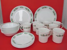 CORELLE CHRISTMAS HOLIDAY DINNERWARE | Christmas holidays ...