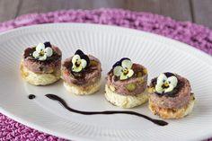 Suikerbroodrondjes met wildpaté en balsamicostroop - Brood.net