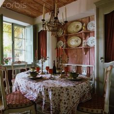 Ddining space in French cottage