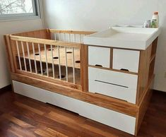 Here are five cribs you can DIY. Girl Nursery Bedding, Baby Bedding Sets, Cot Bedding, Baby Bedroom, Baby Boy Rooms, Baby Room Decor, Mdf Furniture, Baby Furniture, Baby Crib Diy