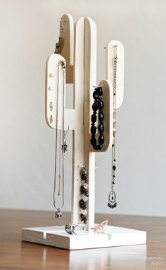 Learn how to make an easy, modern cactus jewelry stand to hang your pretties on.