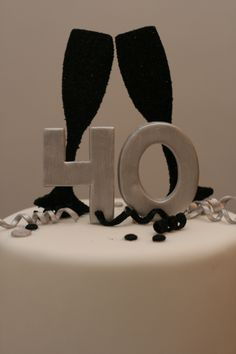 cake topper by Silk Cakes