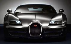 世界一高い価格の高級車 ブガッティ・ヴェイロン