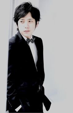 nino.......I just can't!!!!!!! O_O  tee hee <3