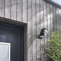 Clin pour bardage épicéa Inca gris Long.2,4 m – CASTORAMA – OrlieN House Cladding, Timber Cladding, Exterior Cladding, Timber Walls, Timber House, Wood House Design, Wooden Facade, Modern Barn House, Contemporary Barn
