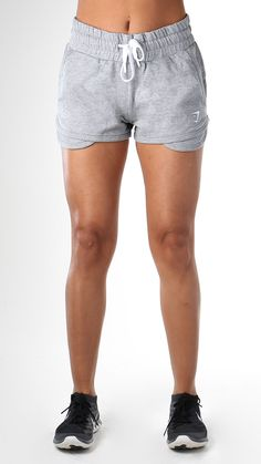 Comfortable cotton exercise shots, with an adjustable waistband and high-waisted fit, for guaranteed comfort