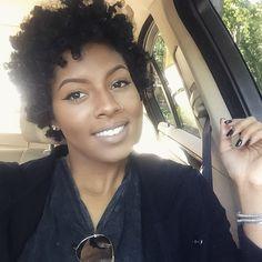 #browngirlslove Neutral Tones & Nose Rings! Loving the natural makeup on @shaddah_elyse #naturalista #neutraltones #makeup #brownbeauty