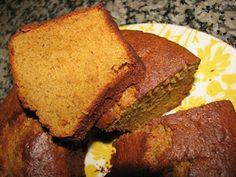 Bolo Podre Conventual Portuguese Recipes, Home Food, Food Cakes, Cornbread, Mousse, Banana Bread, Cake Recipes, Brunch, Sweets