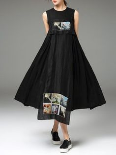 $225 Black Sleeveless Plain Crew Neck Swing Midi Dress