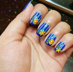 Blue Stripped Flower Nails
