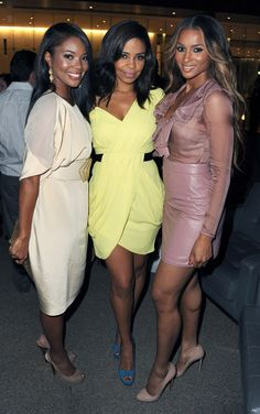 Pretty in pastels with Gabby, Sanaa and Cici. I had this as my wallpaper for quite a while.