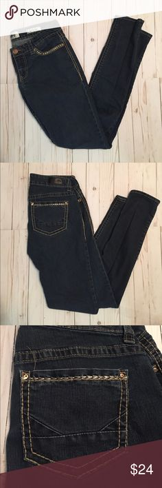 """Buckle Daytrip Scorpio Skinny Jeans 33"""" Inseam Scorpio Skinny Style.. great condition                                                       ❌Trades ❌Modeling ✅ All offers welcome Buckle Jeans Skinny"""