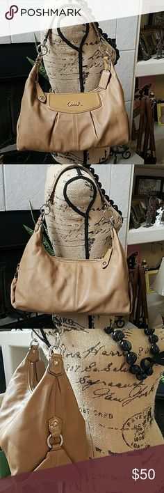 COACH SHOULDER BAG Small red marks on inside ( look at last pictures for reference), no wear on corners or strap Coach Bags