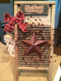 Declutter And Style And Design For Put Up-Spring Crack Homeschool Good Results Antique Washboard Check Out Primitive Panes Antiques and More On Fb Primitive Bathrooms, Primitive Homes, Primitive Crafts, Country Primitive, Wood Crafts, Diy And Crafts, Primitive Decorations, House Decorations, Primitive Christmas