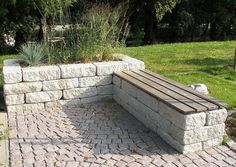 Landesgartenschu Oschatz 2006 Sitzplatz Aus Betonstein Bankplatz mit Pflanzbecke You are in the right place about large Garden Planters Here we offer you the most beautiful pictures about the Garden P