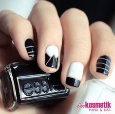 I like the stripe nails