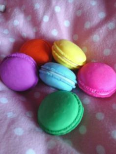 You can make these macaroons easily