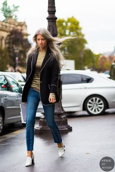 Paris Fashion Week SS 2016 Street Style: Sarah Harris