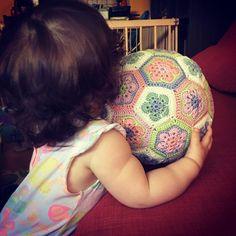 """0 kedvelés, 1 hozzászólás – Lissie's Little World (@lissieslittleworld) Instagram-hozzászólása: """"In love ❤️ #babyball #crochet #crochetersofinstagram #crochetlove #crochetaddict #crocheted…"""""""