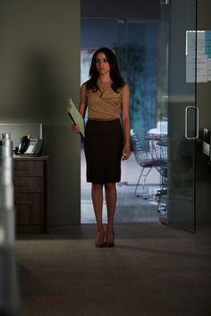 As Rachel Zane on Suits, Meghan Markle is the definition of a #GirlBoss.