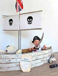 DIY play pirate ship via @Kate Benbow