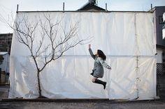 yowayowa camera woman diary: levitation