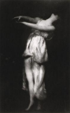 Isadora Duncan (by Edward Steichen)