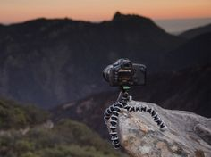 JOBY GorillaPod SLR-Zoom - Portable, flexible tripod for telephoto lens cameras
