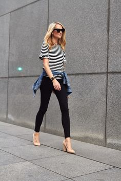 fashion-jackson-jcrew-black-white-stripe-ruffle-sleeve-top-black-skinny-jeans-nude-pumps-jcrew-denim-jacket