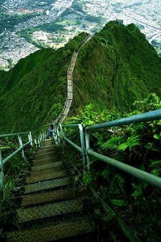 """Oahu, Hawaii  """"Most people refer to it as """"Stairway to Heaven"""" but the official name, the one you'll find on the trail head sign, is Haiku Stairs (or Haʻikū Stairs)."""" It's a steel staircase made up of 4000 steps that ascends a ridge up from the Valley of Haiku near Kaneohe. The steps were built so the military could access a radio station antennae 2000ft up on the mountain during World War II."""""""