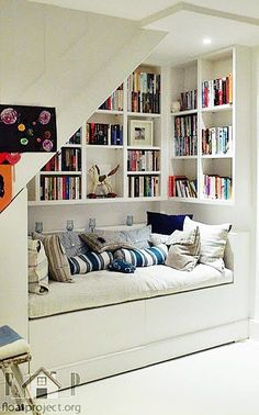 Kuschelecke children& room - create a personal corner for the child . - Kuschelecke children& room – create a personal corner for the child Kuschelecke chi - Cozy Nook, Cozy Corner, Cosy Reading Corner, Kids Corner, Style At Home, Basement Remodeling, Basement Storage, Basement Stairs, Remodeling Ideas
