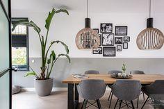 Modern interieur met erker, Lifs interieuradvies, The art of living Decor, Furniture, Interior, Dining Room Design, Decor Interior Design, Home Decor, House Interior, Interior Design, Modern Interior