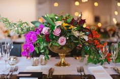 Roeline & Werner's vibrant wedding | images by Jenni Elizabeth | flowers by Anli Wahl | Blog: Seven Swans