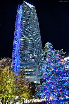 Christmas at Devon Tower in Oklahoma City. I hear there's a restaurant in the top floor of this tallest building in the plains states. Oklahoma Usa, Travel Oklahoma, Oklahoma City Thunder, Durant Oklahoma, Christmas In The City, Blue Christmas, Christmas Time, Christmas Scenes, The Places Youll Go