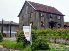 Casa do Artesanato e Casa das Massas, Caminhos de Pedra.