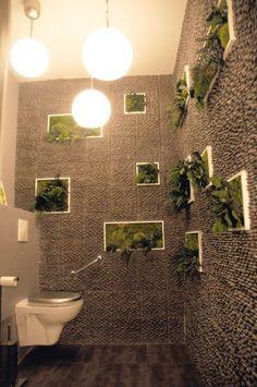 déco de toilette étagères murales pour des fleurs