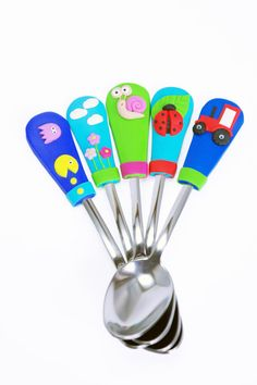 Childrens Personalized Name Spoon Middle Size Unique by Velwoo
