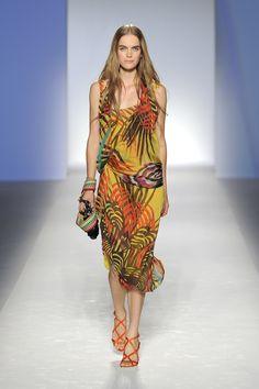 Alberta Ferretti SS 2012 Fashion Show
