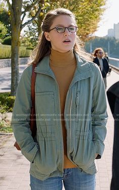 Kara's army jacket on Supergirl Melissa Marie Benoist, Melissa Benoist Hot, Nerd Outfits, Fall Outfits, School Outfits, Fashion Tv, Fashion Outfits, Fashion Trends, Little Girls