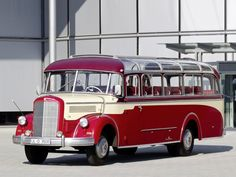 1951 Mercedes Benz O 3500 Kassbohrer bus transport semi tractor retro g wallpaper background
