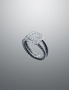 I can not express enough how much I want to have a David Yerman engagement ring when I'm older.