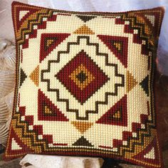 Knitting, crochet, embroidery, sewing and tons of inspiration for your next project. Cross Stitch Cards, Cross Stitching, Cross Stitch Embroidery, Bargello Patterns, Loom Patterns, Needlepoint Pillows, Needlepoint Stitches, Bead Embroidery Patterns, Embroidery Designs