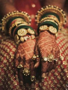 New indian bridal chura brides india 53 ideas Indian Wedding Jewelry, Indian Bridal, Indian Jewelry, Ethnic Jewelry, Bridal Bangles, Bridal Jewelry, Gold Jewelry, Gold Necklaces, Antique Jewellery