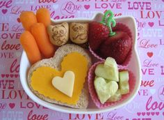 BentoLunch.net - What's for lunch at our house: Valentine Hearts Bento for Faith