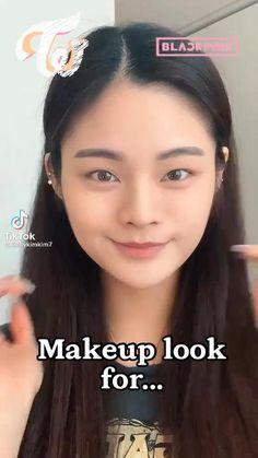 Kawaii Makeup Tutorial, Ulzzang Makeup Tutorial, Lipstick Tutorial, Korean Makeup Tips, Korean Makeup Look, Korean Makeup Tutorials, Cute Makeup, Makeup Art, Makeup Looks
