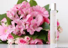 Sur mon blog beauté, Needs and Moods, retrouvez ma revue au sujet de la toute nouvelle collection d'Eaux Parfumées de la marque Ixxi.  Je vous présente trois fragrances : Or des Sables, Tonnelle Gourmande et Balade Acidulée.  Ces parfums sont composés de 91% d'ingrédients naturels, et à partir d'eau de pin.  http://www.needsandmoods.com/eaux-parfumees-ixxi/  #ixxi #cosmetics #cosmétique #ixxicosmetics #parfum #perfume #pin #landes #beauté #beauty #perfume