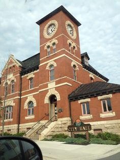 City of Kenora, Ontario city hall. Former post office circa 1898 Ontario City, Post Office, My Happy Place, Vacation Trips, Big Ben, Places To See, Amen, Travel Destinations, Tourism